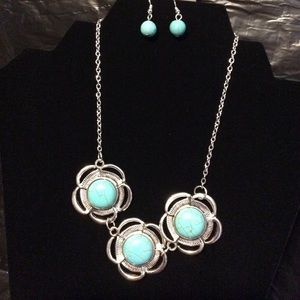 Turquoise necklace with matching earrings